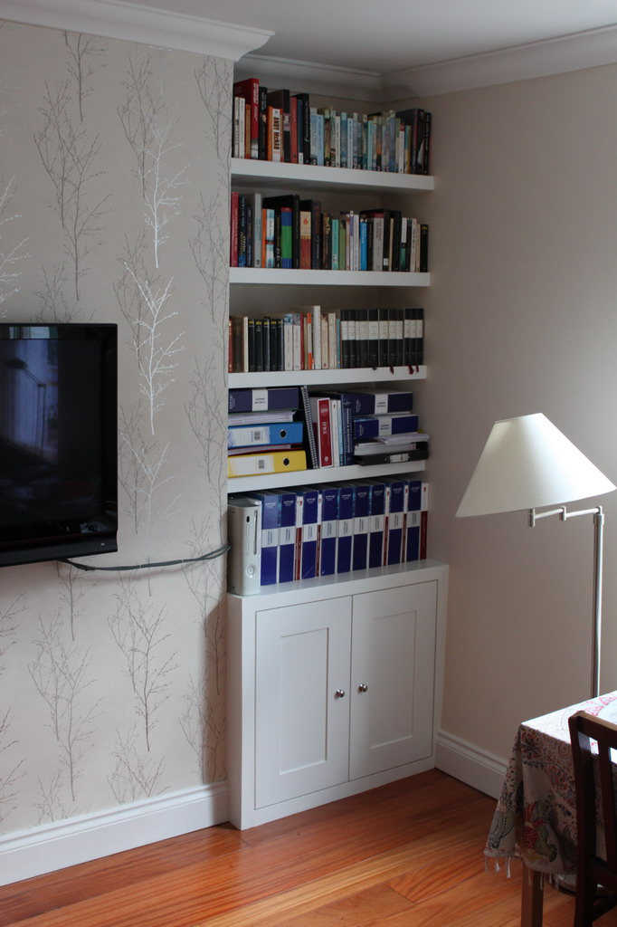 Alcove fitted cupboard with floating shelves