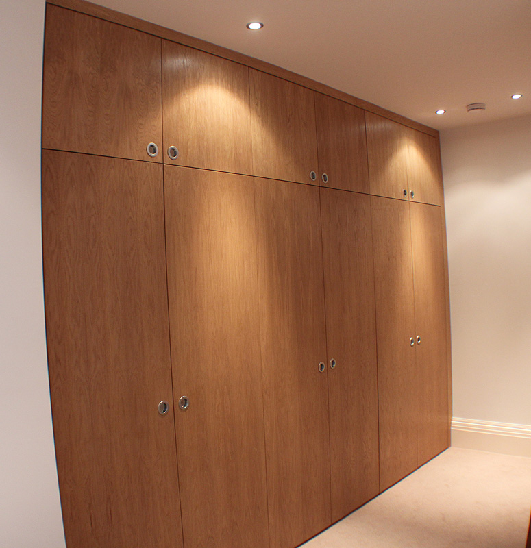 Fitted wardrobes and bookcases in London, shelving and ...