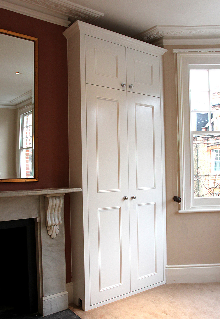 Fitted wardrobes with shaker beaded doors and cornice (Putney SW15)