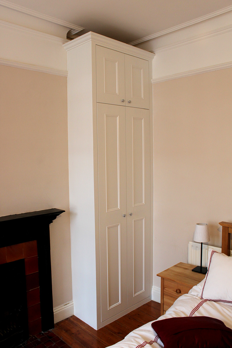 Traditional classic fitted wardrobe, London SW18