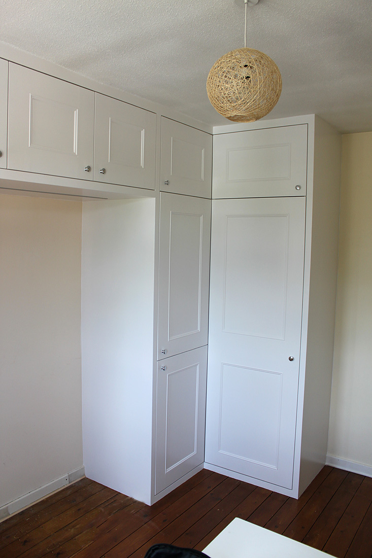 shaker fitted wardrobe