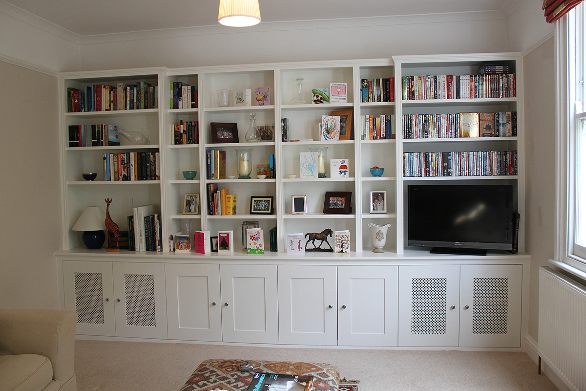 Traditional Fitted bookcase, Shephers's bush near East Acton, W12