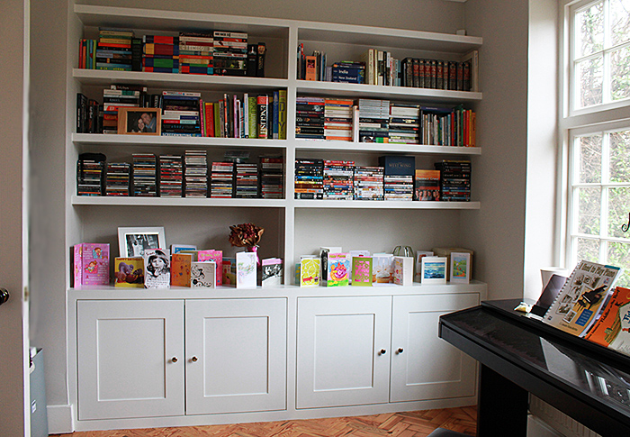 Fitted bookcases, bookshelves and cupboards