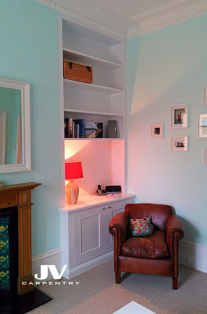 Fitted alcove shelves, final product