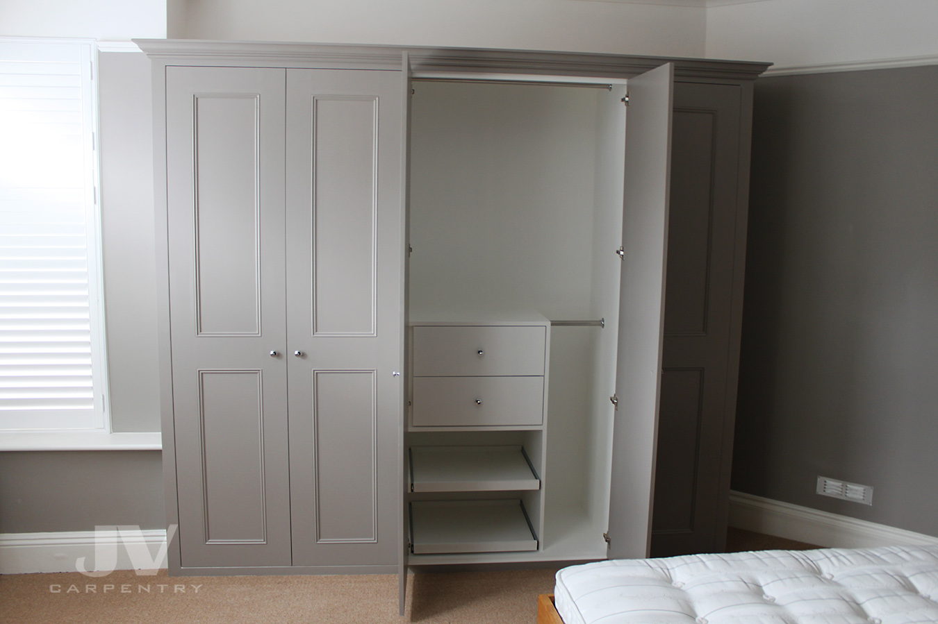 Grey fitted wardrobe, hanwell