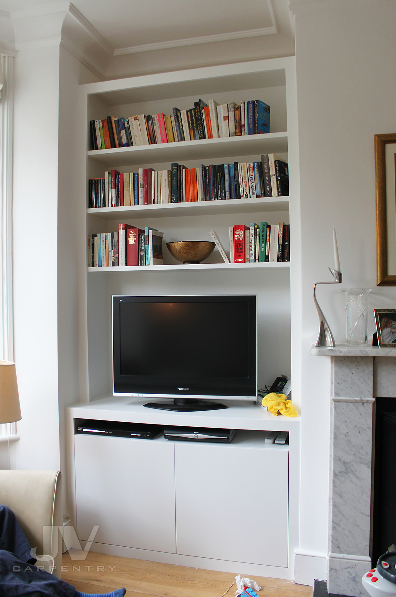 Alcove bookcase with TV cabinet, isea 7-2