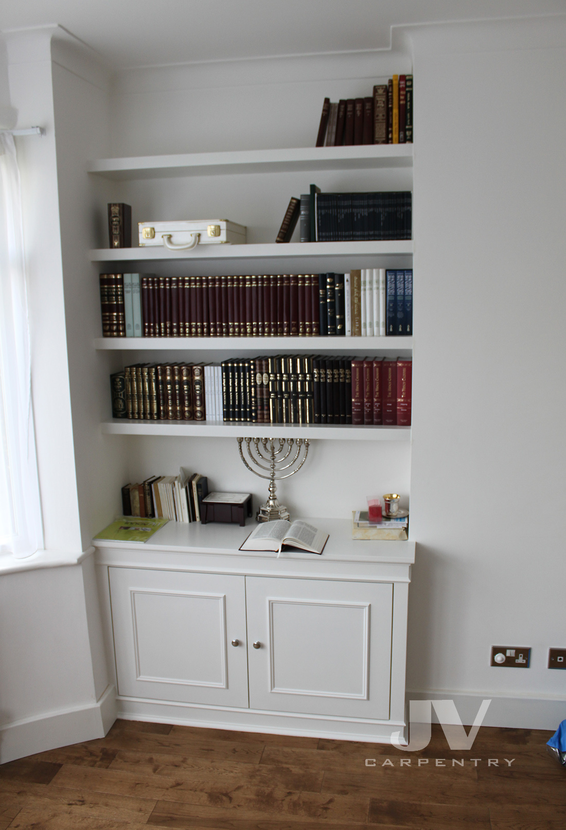 Alcove floating shelves with cabinet (LHS)