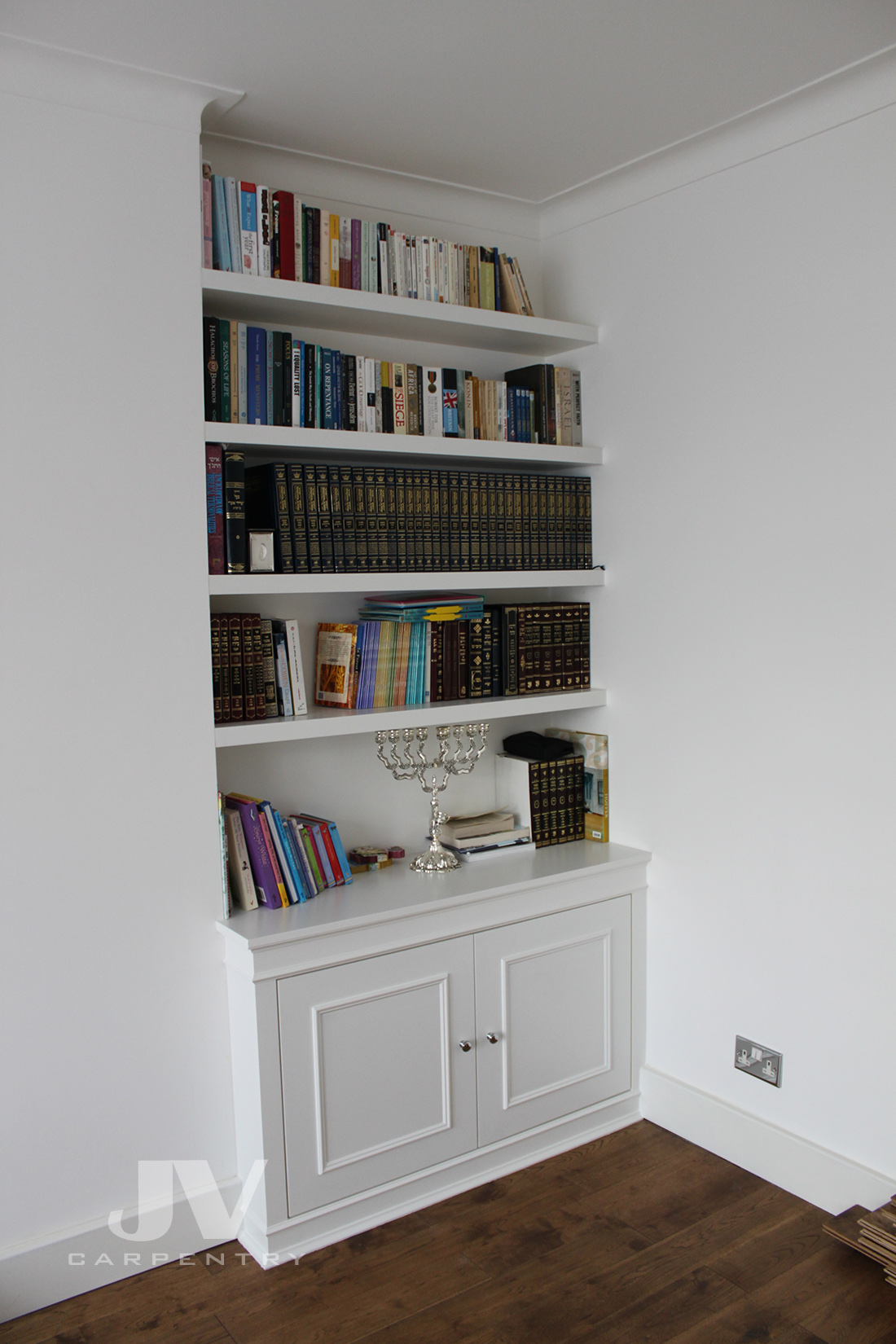 Alcove floating shelves with cabinet (RHS)