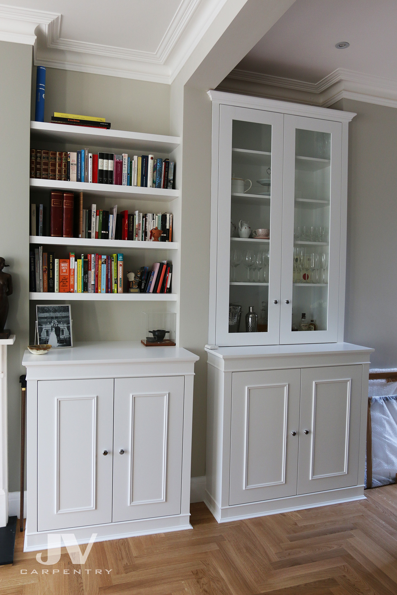 Fitted Alcove display unit and floating shelves