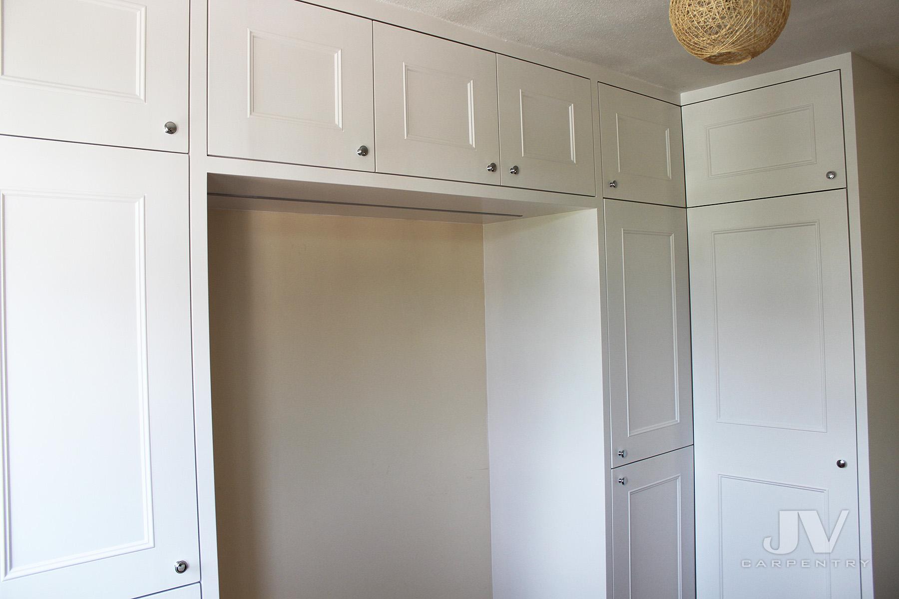 wardrobe with overhead storage-2