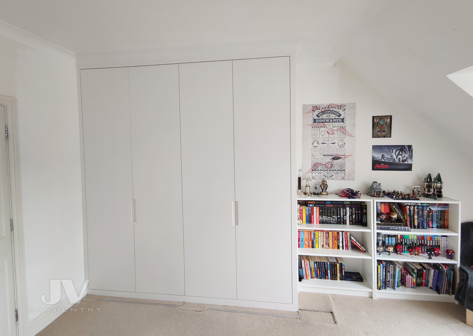 white fitted wardrobe 1