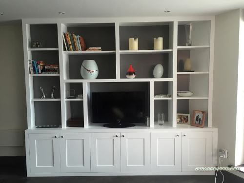 Bookshelves with cabinets