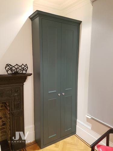 Alcove-wardrobe-odd-color-2