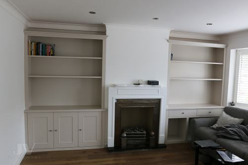 Alcove shelves with drawers