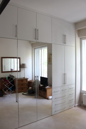 Full length mirrored doors wardrobe