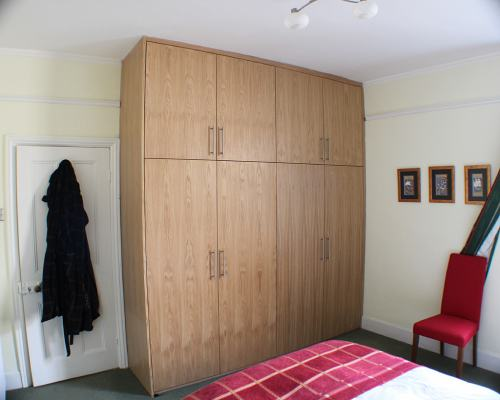 Veneer wardrobe, Shepherds bush
