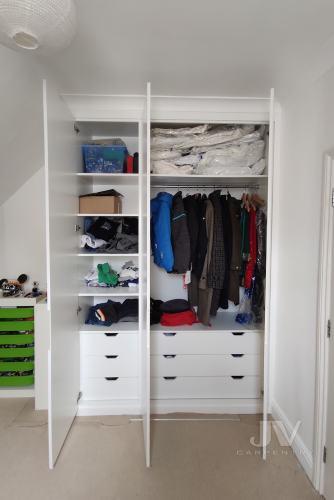 White-wardrobe-inside-1