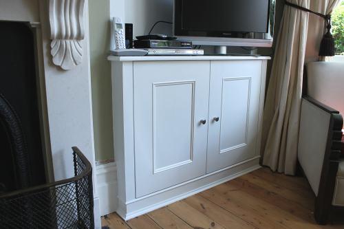 alcove cabinet london