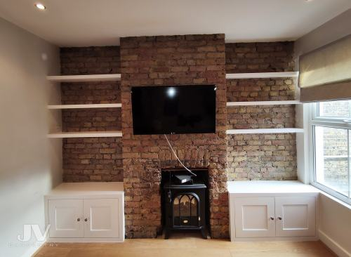 exposed-brick-alcove-shelving