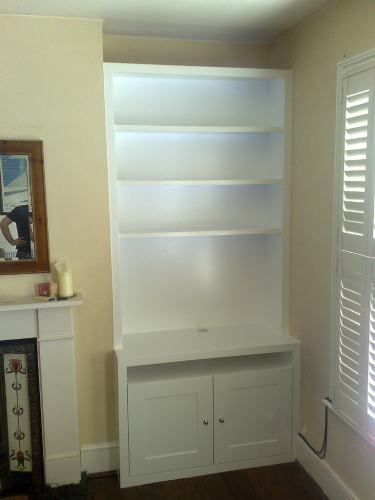 fitted shelves alcove