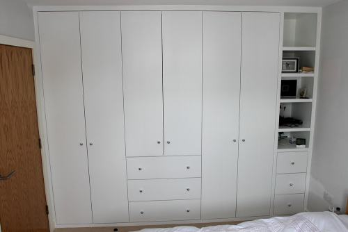plain door wardrobe