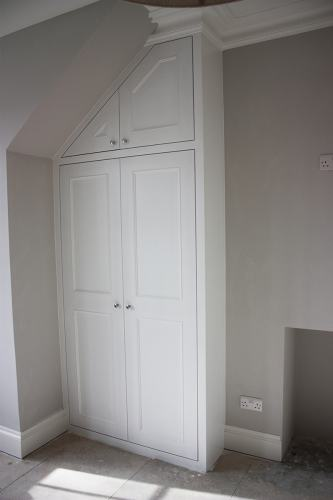 shaker beaded wardrobe with slope