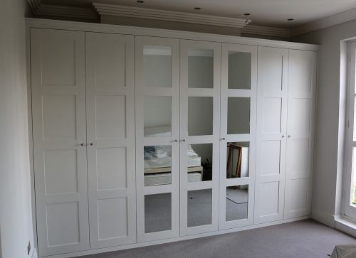 shaker wardrobe with 3 centre mirrored doors