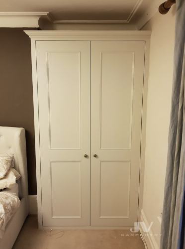 traditional wardrobe fitted east London RHS