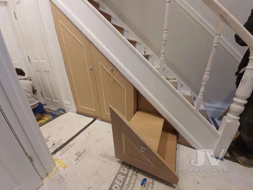under stairs fitted storage 2