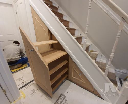 under stairs fitted storage 3