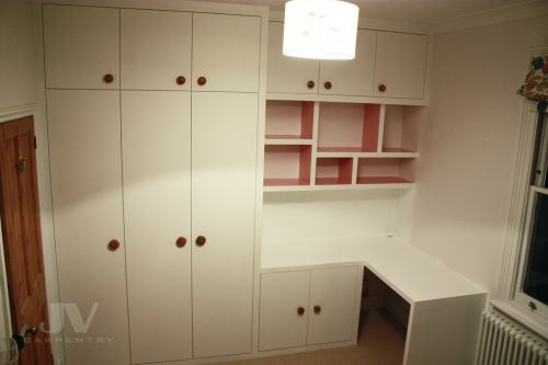 Wardrobe in kid's bedroom