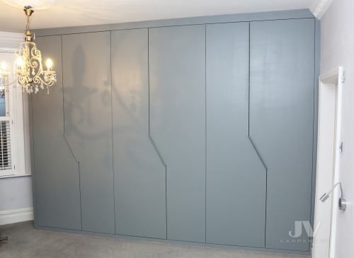 wardrobe-modern-doors