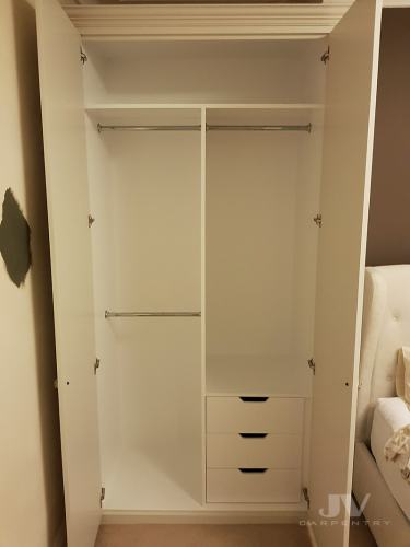 wardrobe drawers hanging rail